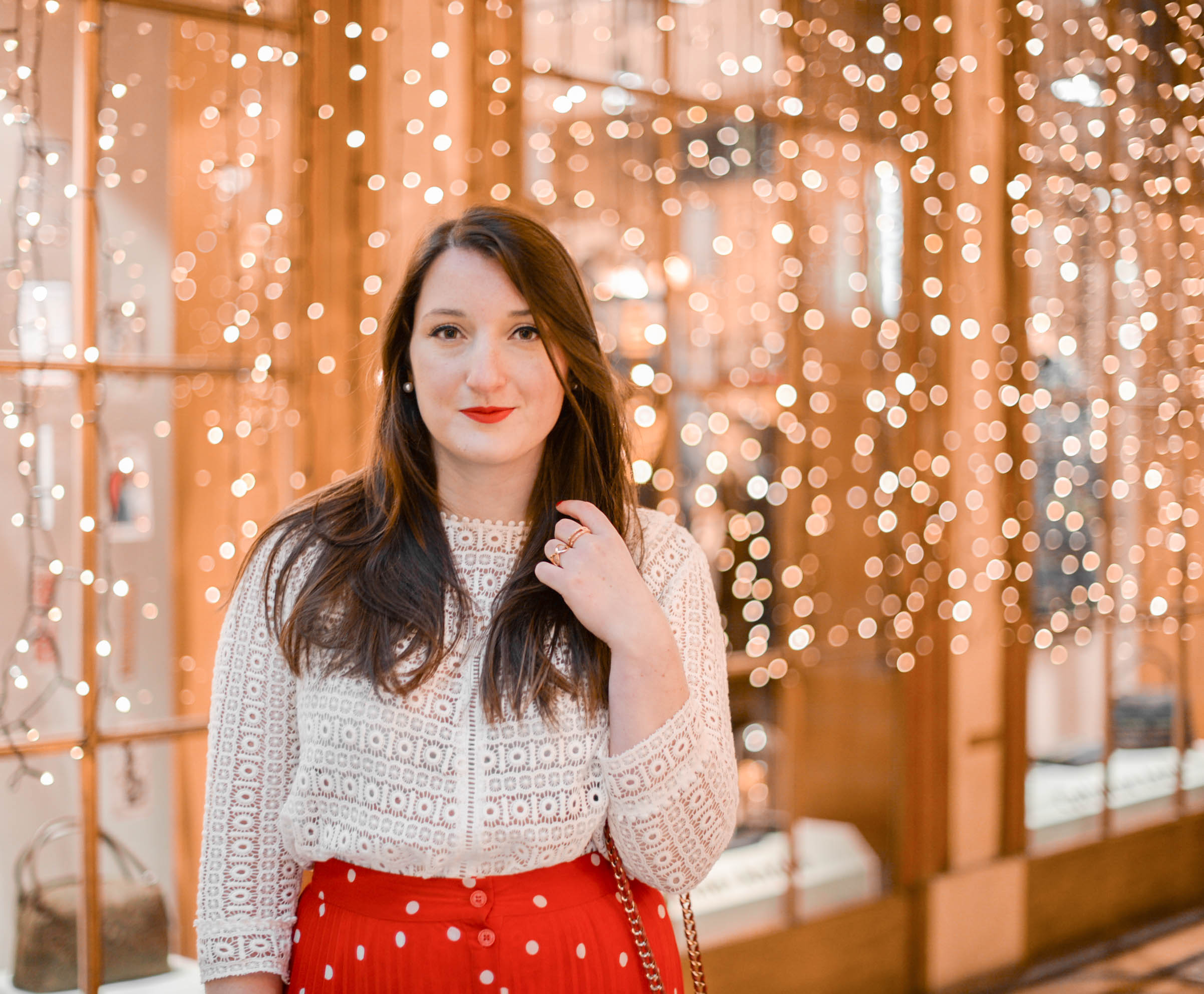 tenue de fêtes jupe rouge longue à pois